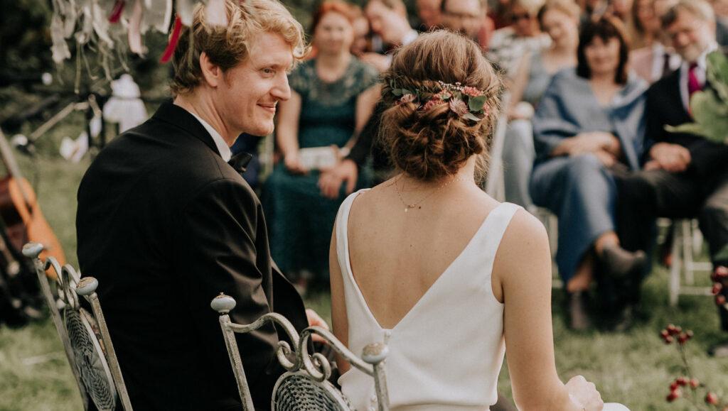 moderne & natürliche Brautstyling